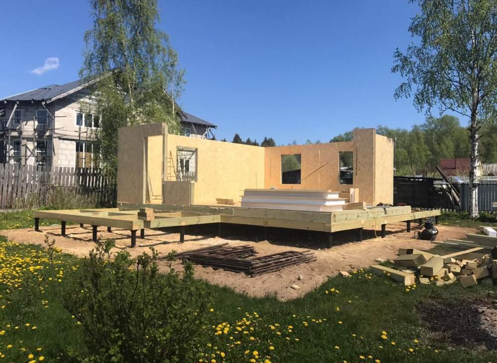 Строительство дома из СИП панелей по индивидуальному проекту в п. Черная речка Ленинградской области