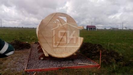 Монтаж Бани-Бочки на участке в д. Коломо Новгородской области.