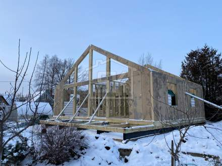 Строительство дома из СИП панелей по индивидуальному проекту в п. Песочное 2 Ленинградской области