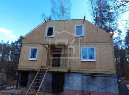 Строительство дома из СИП панелей по индивидуальному проекту в п. Яковлево Ленинградской области