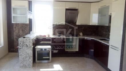 Внутренняя отделка дома из СИП панелей (кухня-столовая)