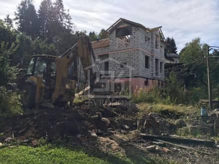 Демонтаж старого фундамента