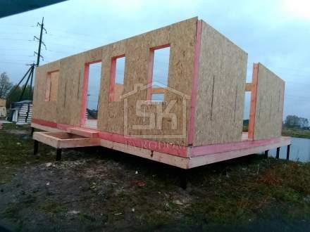 Строительство дома из СИП панелей в д. Сантон, по индивидуальному проекту.
