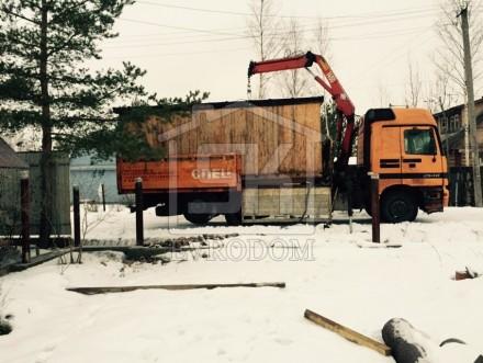 Доставка строительной бытовки на участок