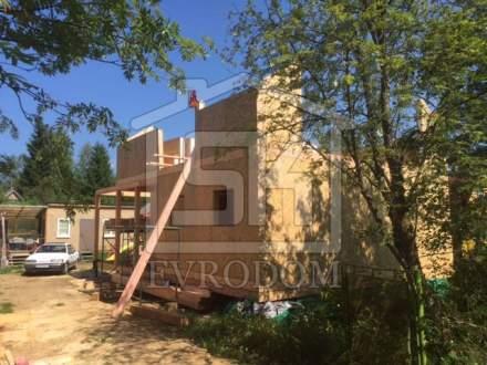 Строительство дома из СИП панелей в п. Синявино, по индивидуальному проекту.