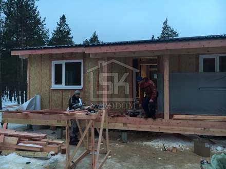Строительство одноэтажного дома из СИП панелей по индивидуальному проекту в КП «Серерная Жемчужина»