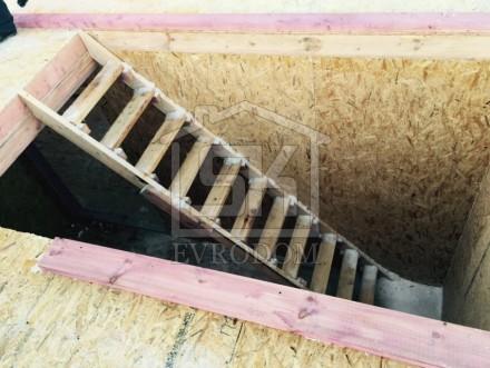 Техническая лестница в доме из СИП панелей