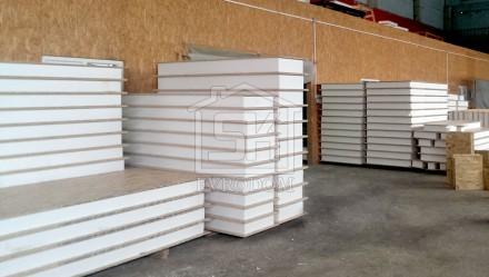 14.12.2015 г. Отгружен комплект СИП /SIP панелей размера 2500х1250х174 в г. Павловск Ленинградской области для строительства гаража.